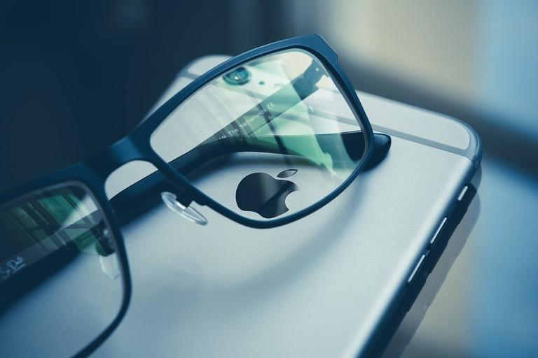 Wear glasses instead   Pexels / Pixabay