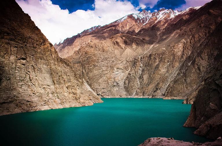 Attabad_Lake,_Hunza_Nagar