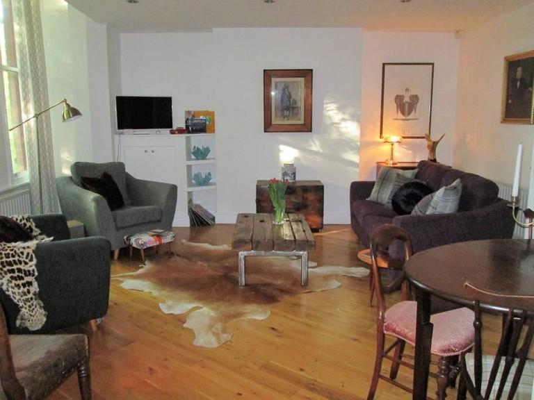 Spacious apartment in Aigburth, Liverpool