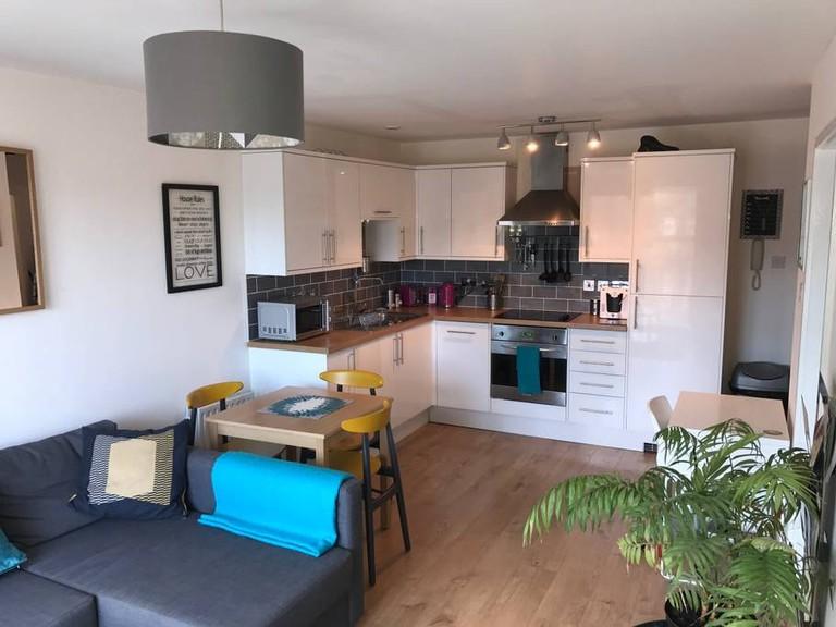 Bright central Liverpool apartment