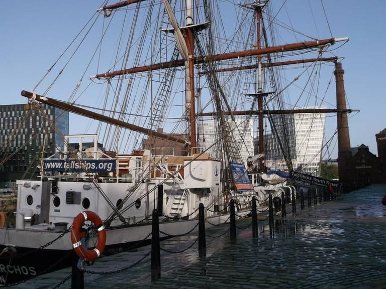 Converted boat on the Albert Docks