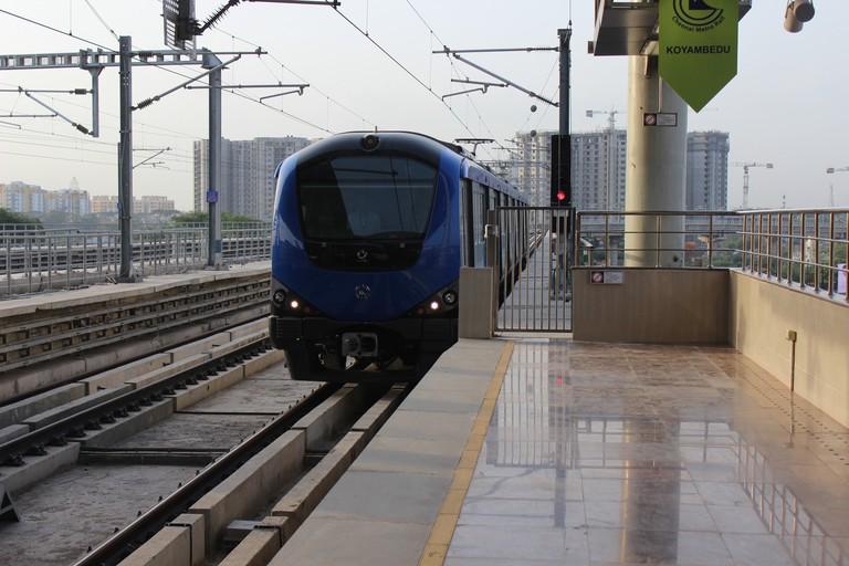 Chennai_Metro_Rail_at_Koyambedu