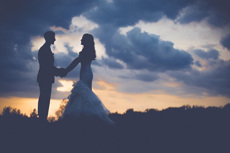 couple-1850073_1280