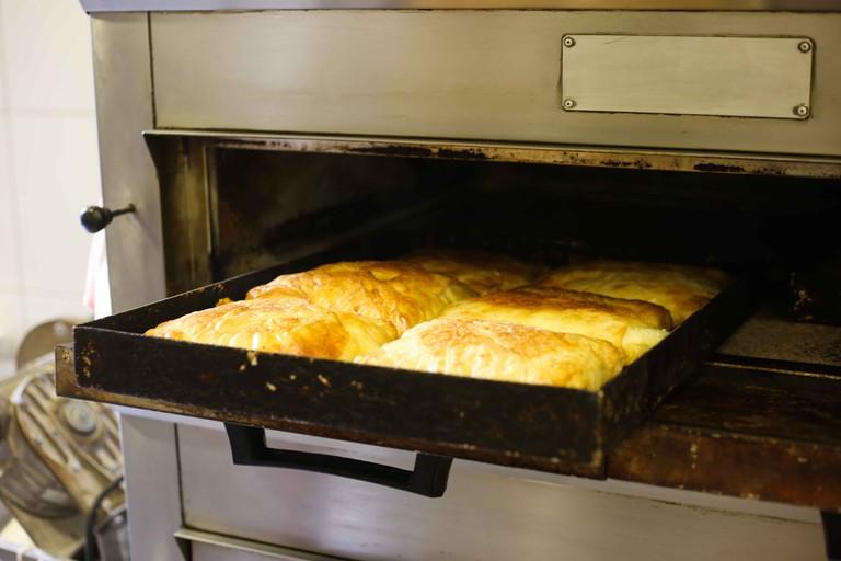 A freshly baked pan of bougatsa just out the oven | © Eleni Philippou