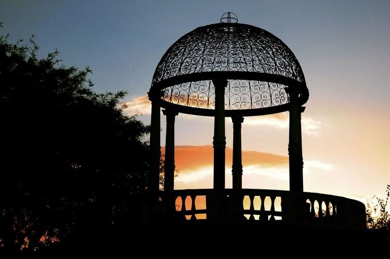 Sunset over the bandstand in Parque Sarmiento