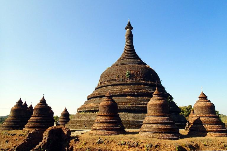 Mrauk-U-Stupas