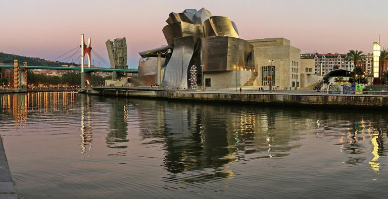 Guggenheim, Bilbao, Spain   ©txlopez / Pixabay
