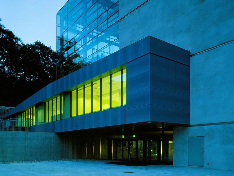 Museum_of_World_Culture_Göteborg_entrance_cropprd