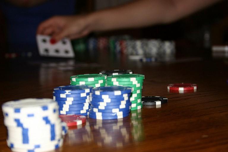 Poker chips | © Adam Croft / Flickr