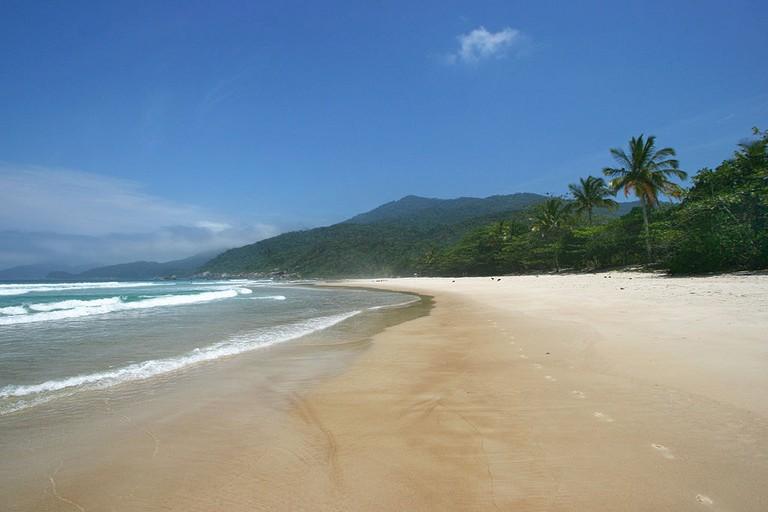 Praia_de_Lopes_Mendes,_Ilha_Grande