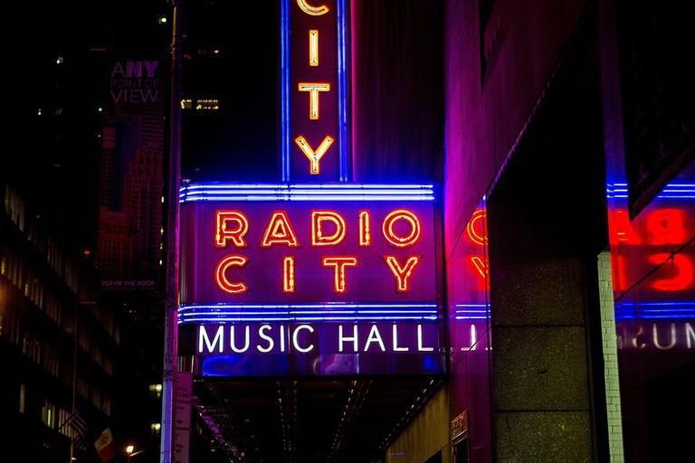 Radio City Music Hall | Pixabay