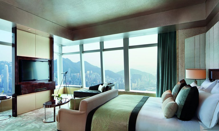 Ritz-Carlton-Hong-Kong-Room