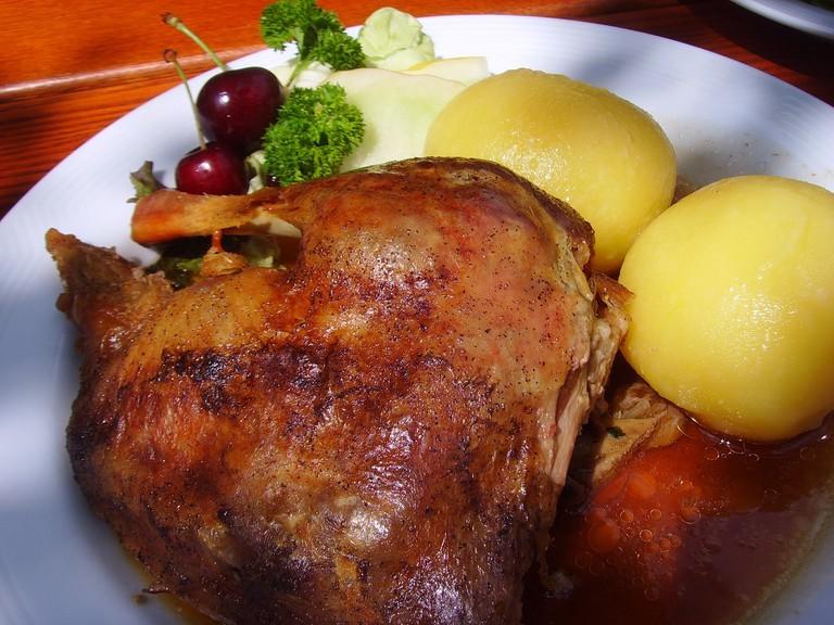 roast-goose-1826469_1920