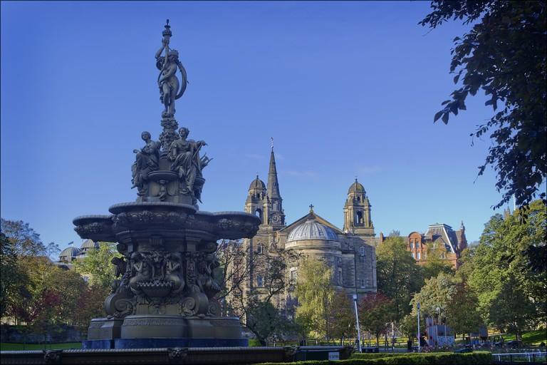 Ross Fountain, Princes Street Gardens, Edinburgh | © dun_deagh / Flickr