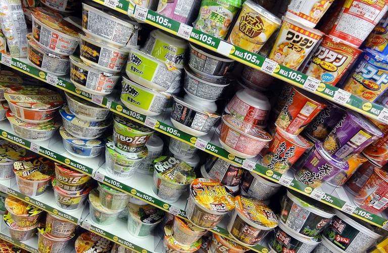 Rows_of_cup_noodles_in_a_convenience_store_in_Tokyo_-_panoramio