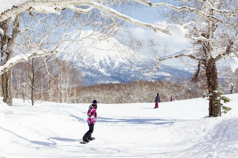 Skiing in Niseko, Japan | © antb/Shutterstock