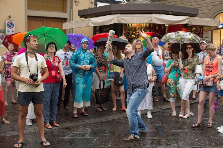 Suspiciously animated tour guide in Florence, Italy | © Steve Lovegrove/Shutterstock