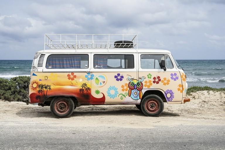Hippy van in Tulum, Mexico | © Norman Nick/Shutterstock