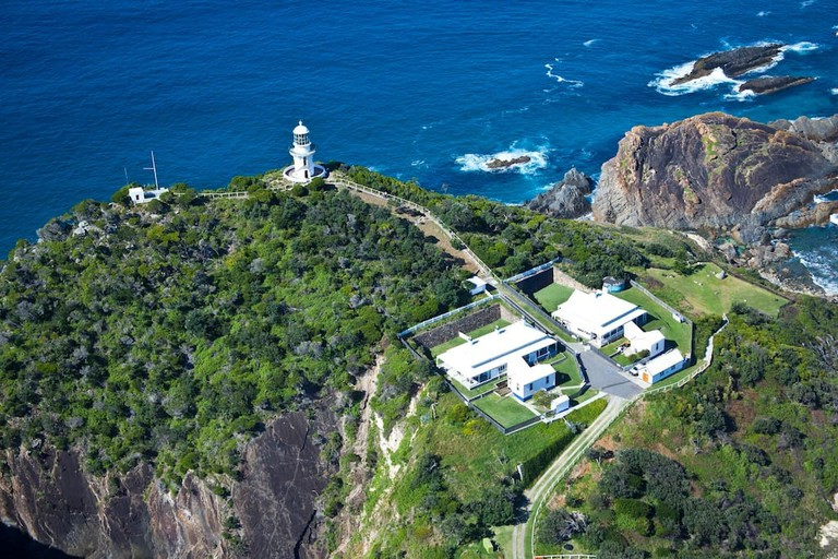 Sugarloaf Point Lighthouse | © Airbnb
