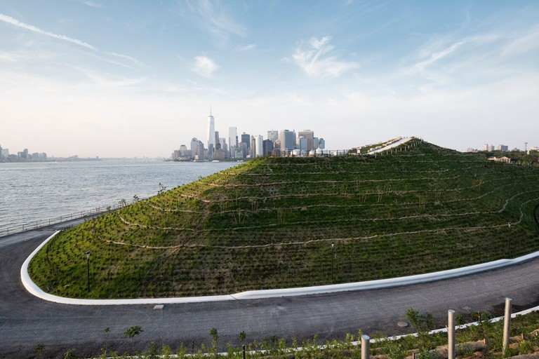 Image courtesy of The Hills at Governors Island, credit: Timothy Schenck 10_preview