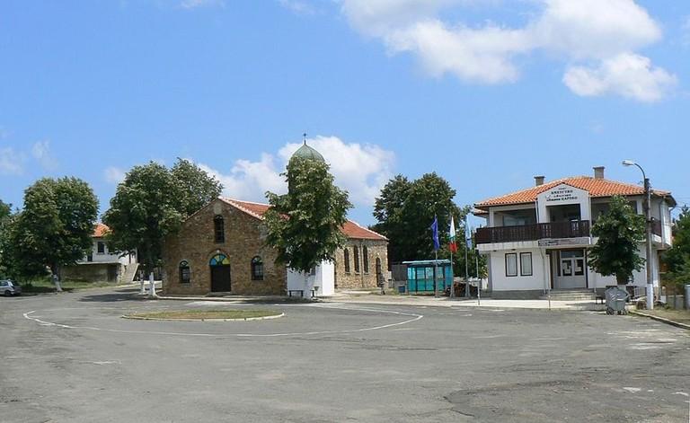 1024px-Balgari-Burgas-District-centre
