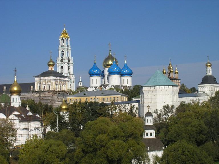 1024px-Russia-Sergiev_Posad-Troitse-Sergiyeva_Lavra-Panorama-2