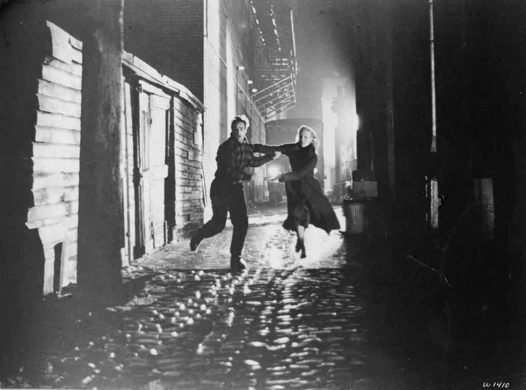 Hoboken plays Red Hook: Marlon Brando and Eva Marie Saint in 'On the Waterfront' | © Columbia Pictures