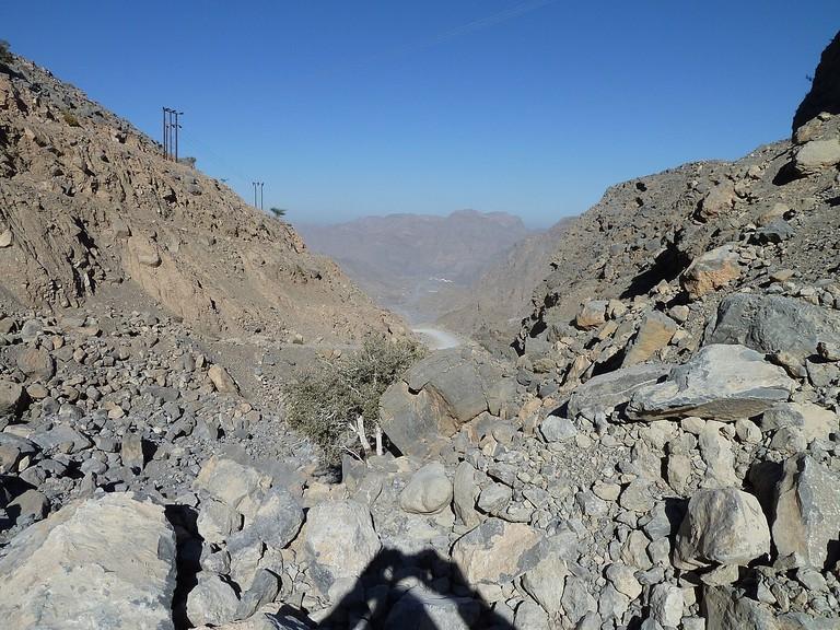 1200px-Hajar_Mountains,_Musandam,_Oman_-_panoramio_(2)