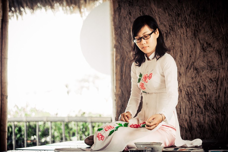 Modern take on the traditional Ao Dai   © Trần Sơn Hải/Flickr