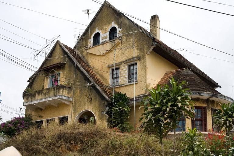 Old colonial French villa in Dalat   © Caitlin Childs/Flickr