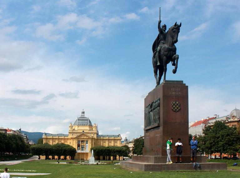 King Tomislav statue, Zagreb   © Davor Vujcic/Flickr