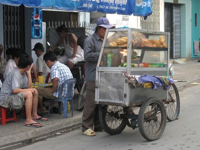 Banh mi for breakfast   © Hiển Chu/Flickr
