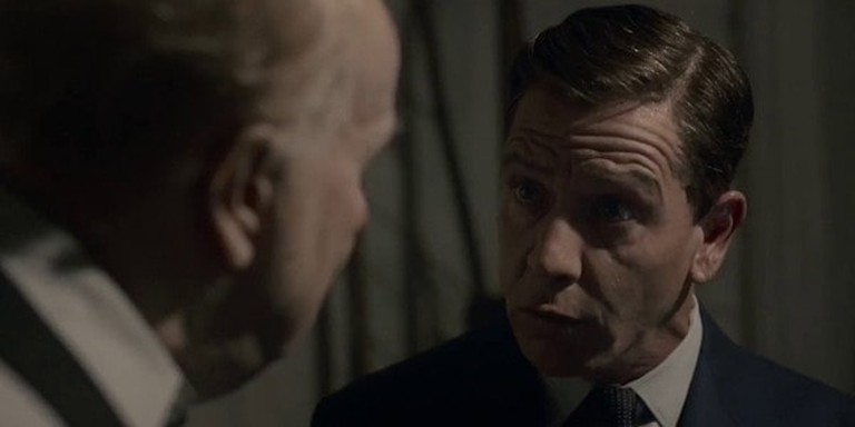 Ben Mendelsohn (right) with Gary Oldman in 'Darkest Hour' | © Focus Features