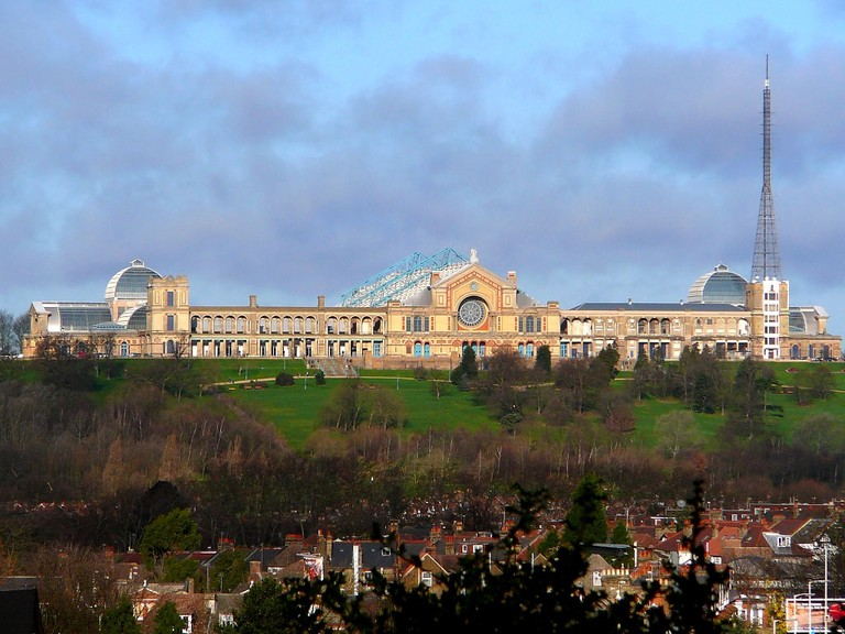 "Alexandra Palace | <a href=""https://commons.wikimedia.org/wiki/File:AlexandraPalace.jpg"" target=""_blank"" rel=""noopener"">© Russ London/WikiCommons</a>"