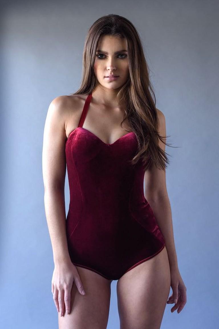 AnyaLust.com_Phoebe Velvet Bodysuit