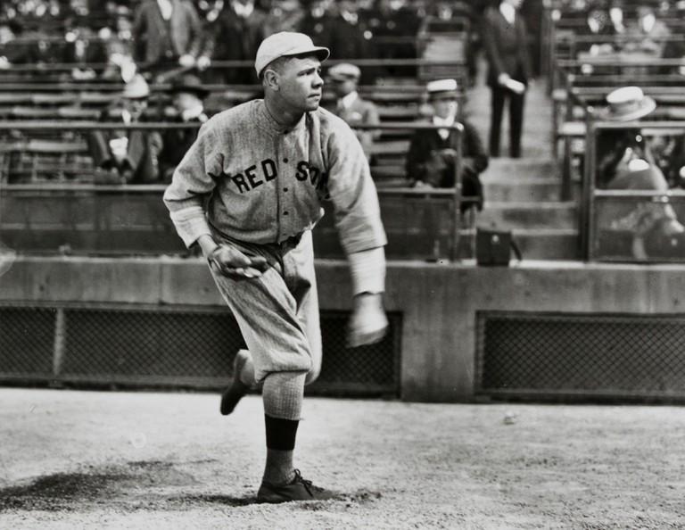 Babe_Ruth_Boston_pitching