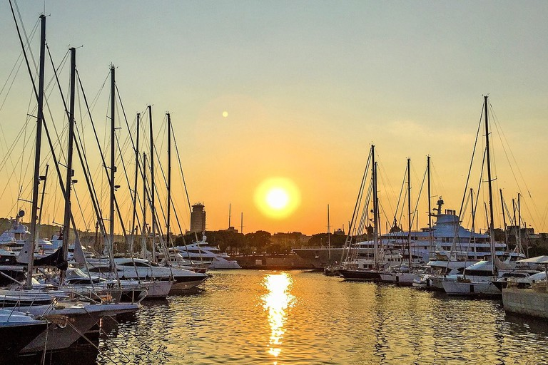 sunset at Barcelona marina | ©Mediengestalter / Pixabay
