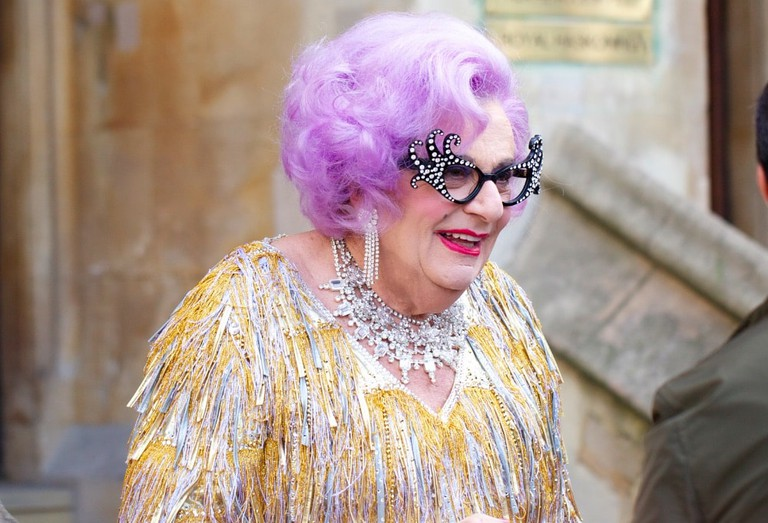 Barry Humphries as Dame Edna Everage | © Aurelien Guichard/Wikimedia Commons