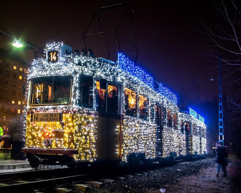christmastram-budapest
