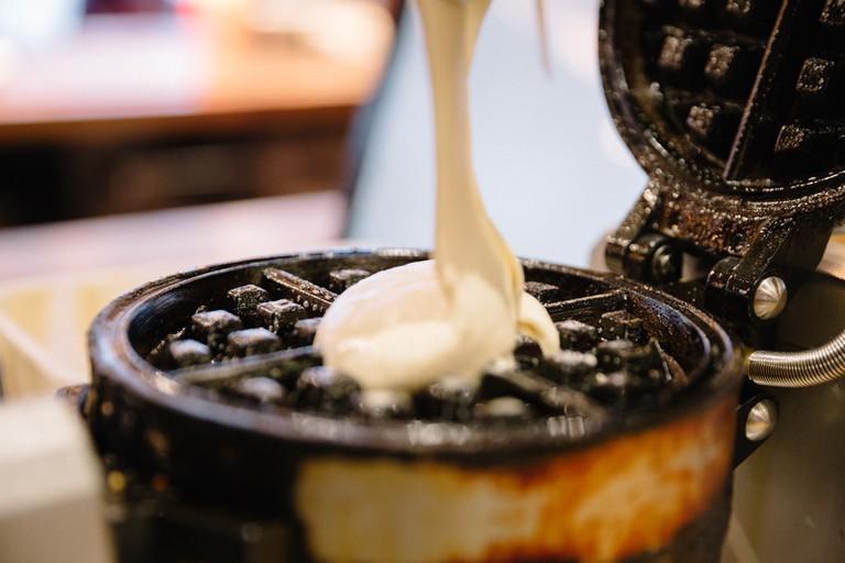 duck and waffle waffle making