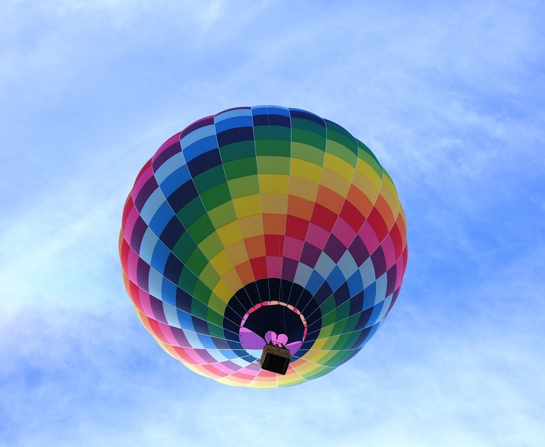 hot-air-balloon-1579144_1280