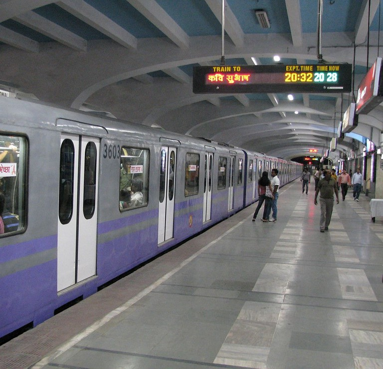 Kolkata Metro Naikshweta747 WikiCommons