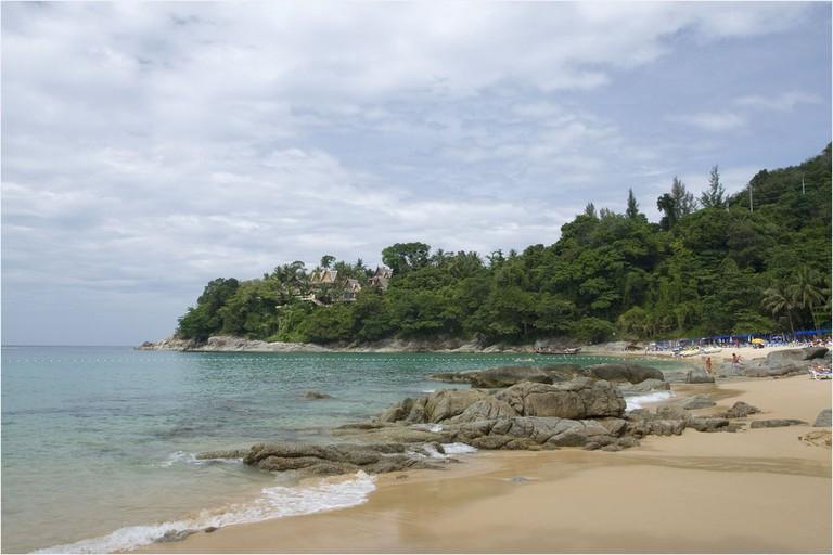 Laem_Sing_beach_-_panoramio