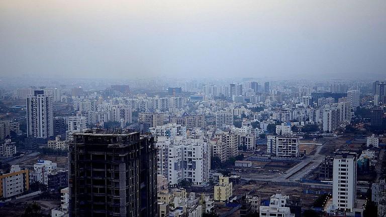 Pune_West_skyline_-_March_2017