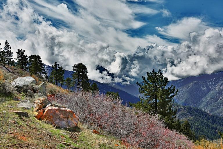 San Gabriel Mountains | Rennett Stowe Flickr