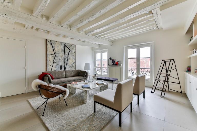 scandinavian-living-room-2132348_1920