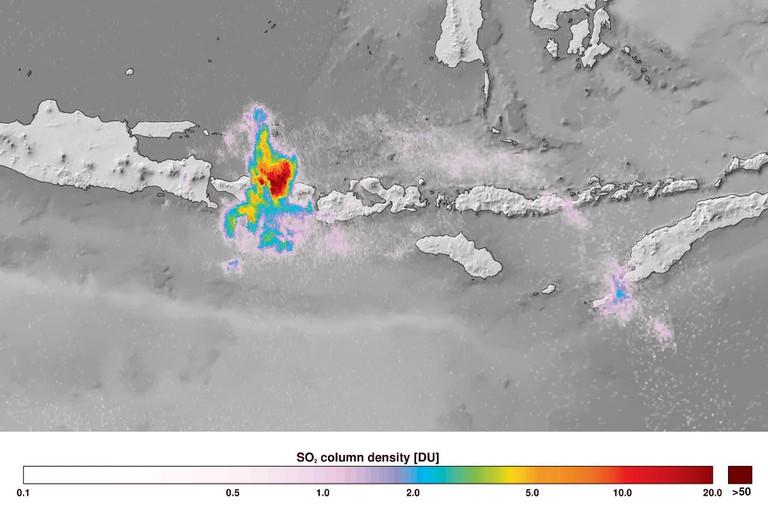Sentinel-5P_captures_Bali_volcanic_eruption