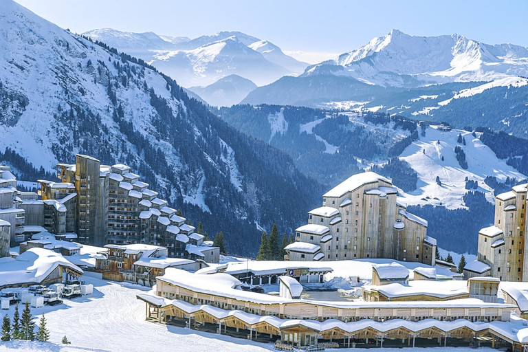 View of the village and the surrounding area Avoriaz mountains   © Sergey Naryshkin / Shutterstock