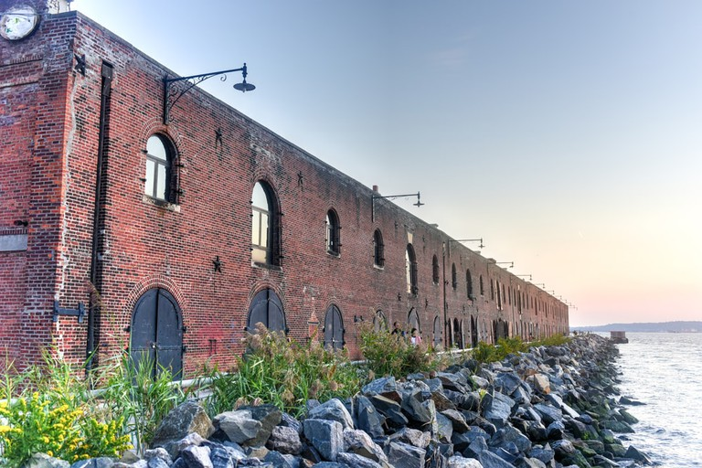 An old industrial facility in the Red Hook, Brooklyn | © Felix Lipov/Shutterstock