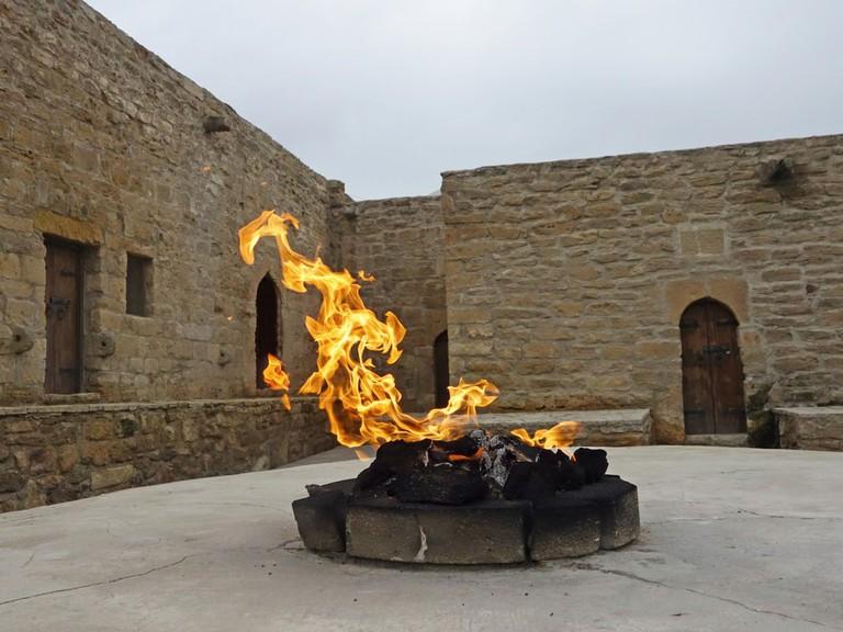 Fire in Ateshgah Temple | © LukaKikina/Shutterstock